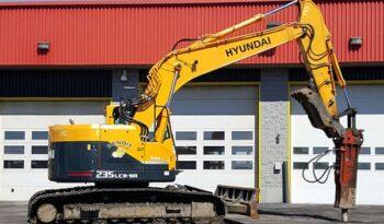 Pelle Hyundai 235LCR plein